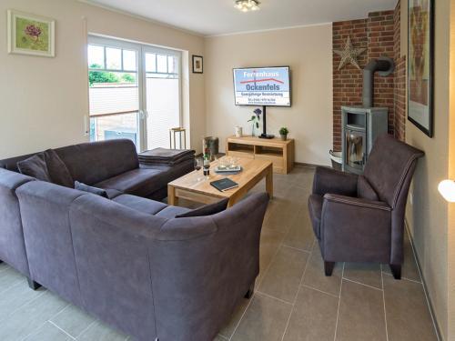 Wohnzimmer (TV mit LOGO )